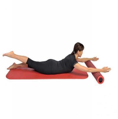 Pilatesrulla 14 x 94 cm, punamusta